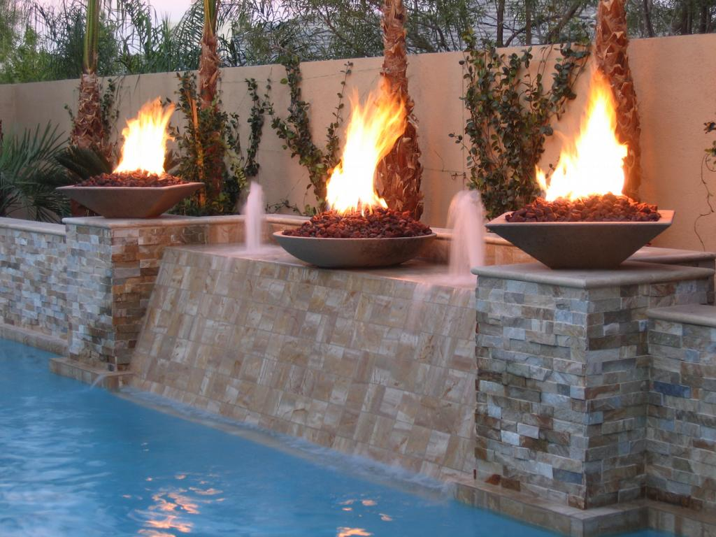 Advantages and disadvantages of employing a gas fire pit for Outdoor fire bowl